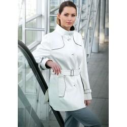 kurtka Dziekański Miranda biała na modelce