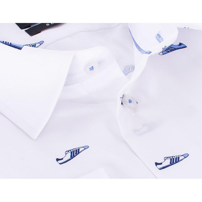 Biała koszula Comen slim z długim rękawem w buty adidasy