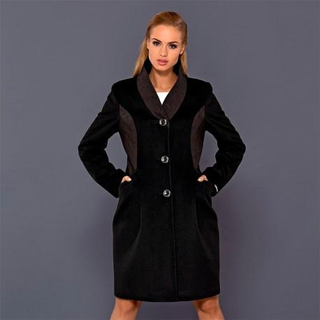 płaszcz Dziekański Larysa czarny na modelce
